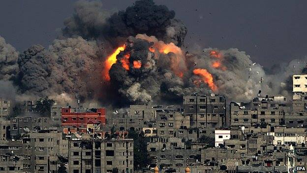 Gaza is bombarded by missiles from Israel